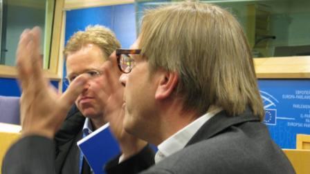 Guy Verhofstadt windt zich op